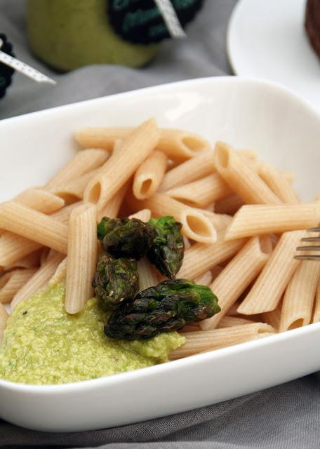 Spargel-Pesto