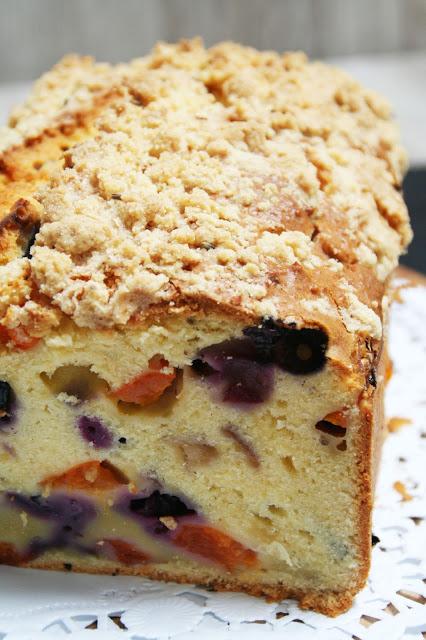 Aprikosen-Blaubeer-Kuchen