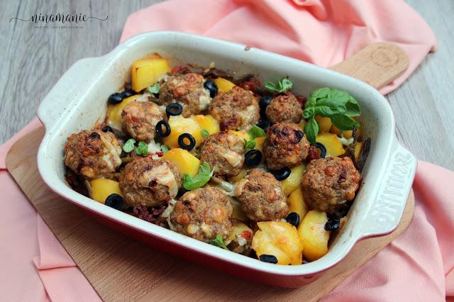 Mediterraner Kartoffel-Bohnen-Hackbällchen-Auflauf