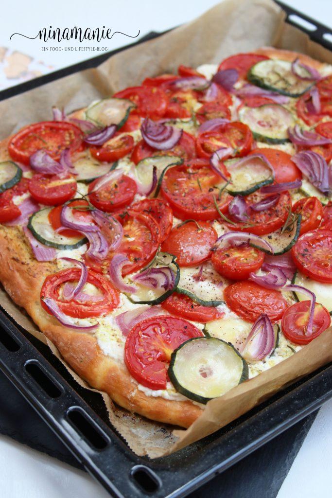 Tomaten-Zucchini-Kuchen