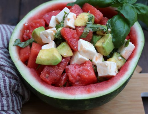 Melonen-Avocado-Feta-Salat