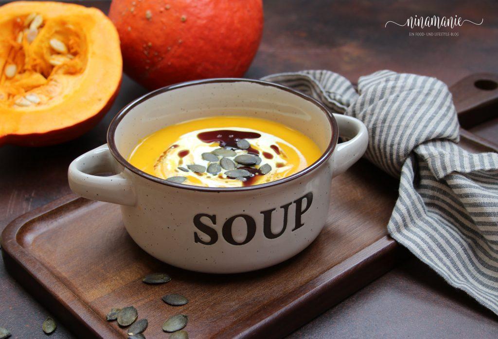 Suppe mit Kürbis und Kartoffeln