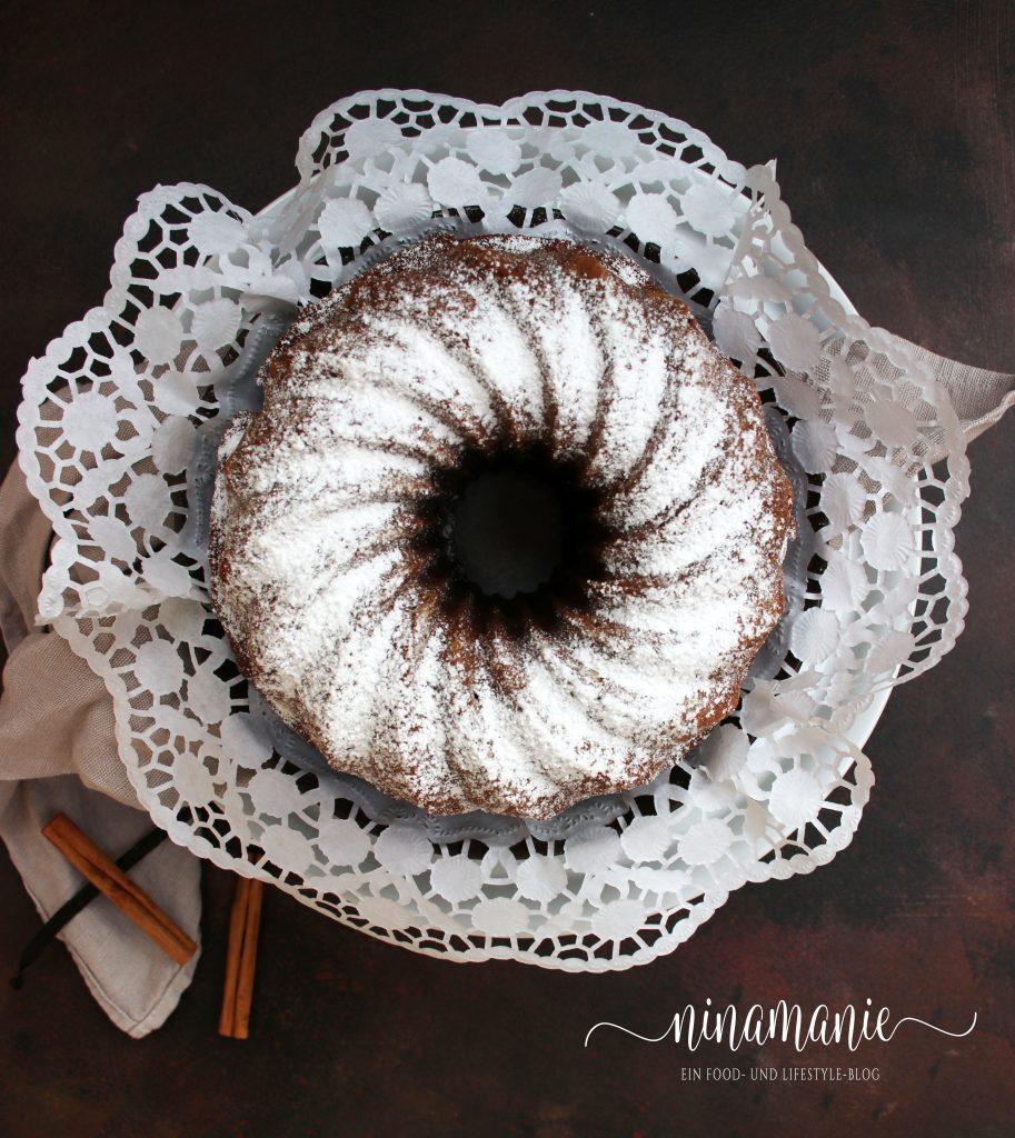 Schoko-Gugelhupf mit Lebkuchengewürz