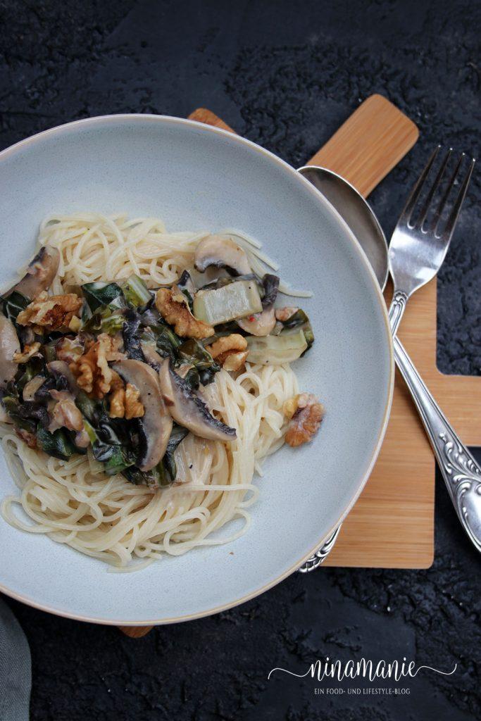 Feierabendküche mit Pasta und Mangold