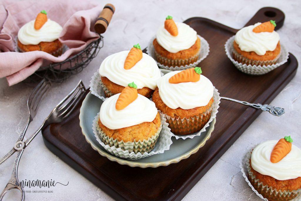 Mit Frischkäse-Frosting: Bananen-Möhren-Cupcakes