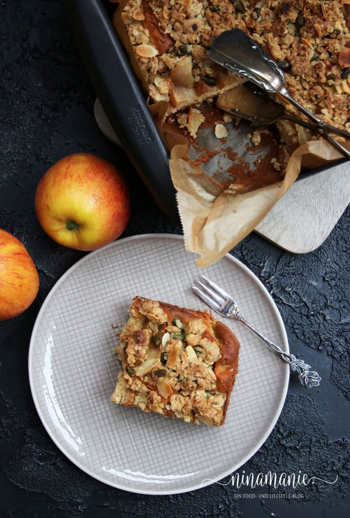 "Apfel-Streusel-Rührkuchen aus ""Follow me"""