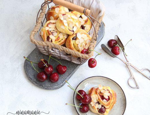 Pudding-Kirsch-Schnecken mit Hefeteig