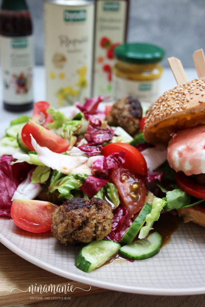 Salat mit byodo Himbeere Balsam