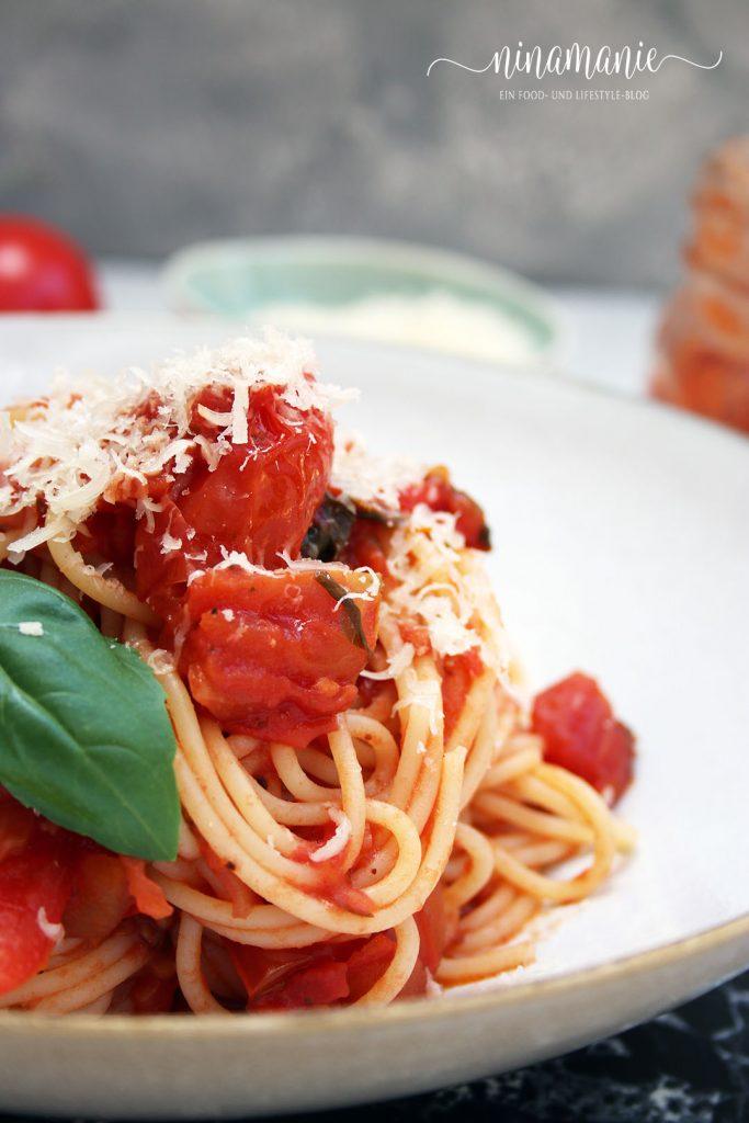 Spaghetti alla Napoletana oder Spaghetti al Pomodoro