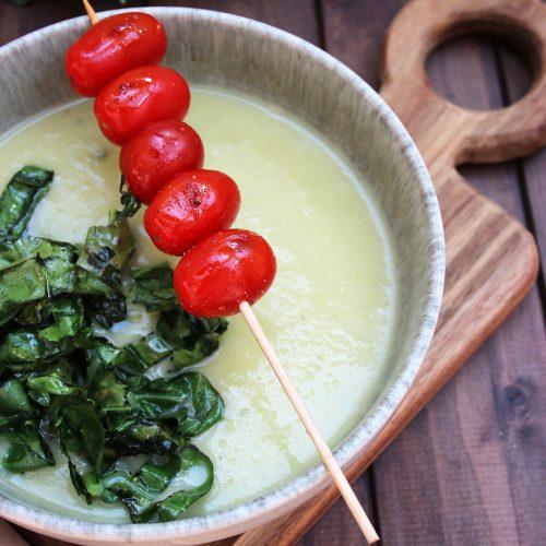 Sommersuppe mit Kohlrabi und Kartoffeln
