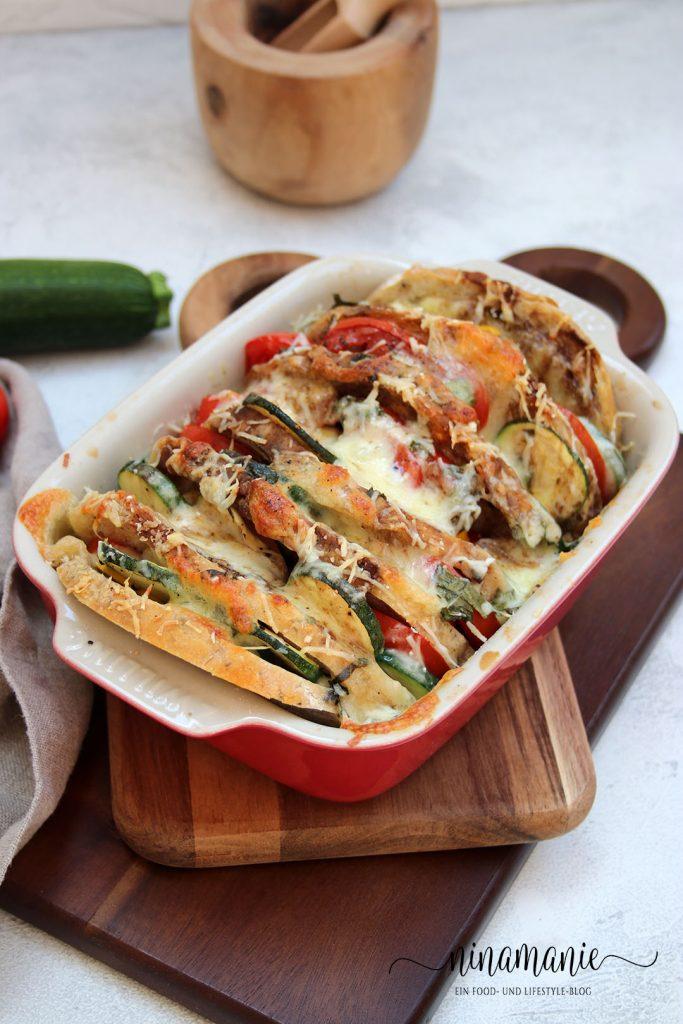 Brotauflauf mit Gemüse