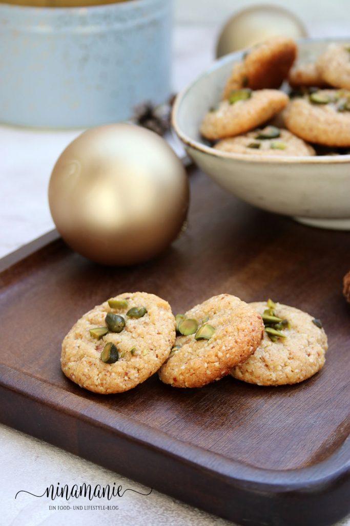 Weihnachtsplätzchen: Mandel-Tahin-Taler