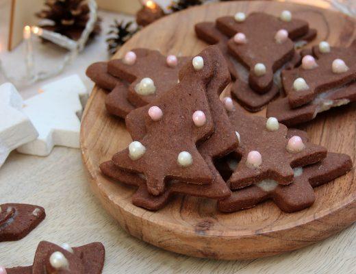 Schoko-Weihnachtsbäume mit Salzkaramell