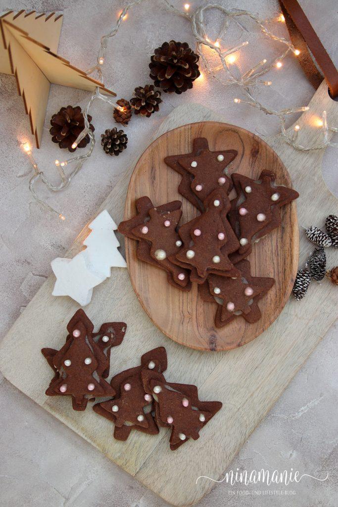 Schoko-Weihnachtsplätzchen mit Karamell