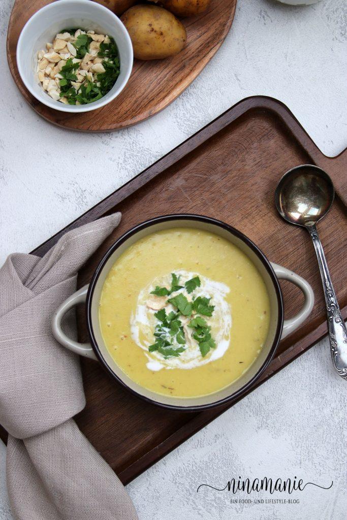 Kartoffelsuppe mit Curry