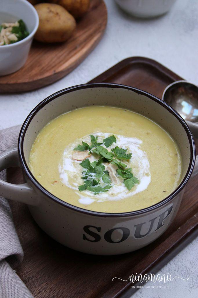 Currysuppe mit Kartoffeln