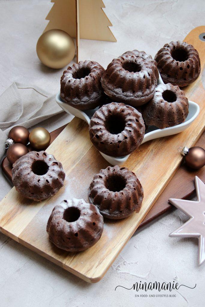 Kleine Kugel mit Lebkuchengewürz und Schokolade