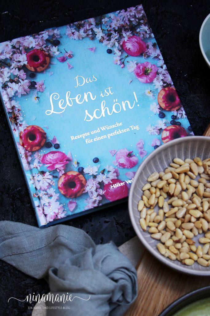 """Buchcover """"Das Leben ist schön"""""""