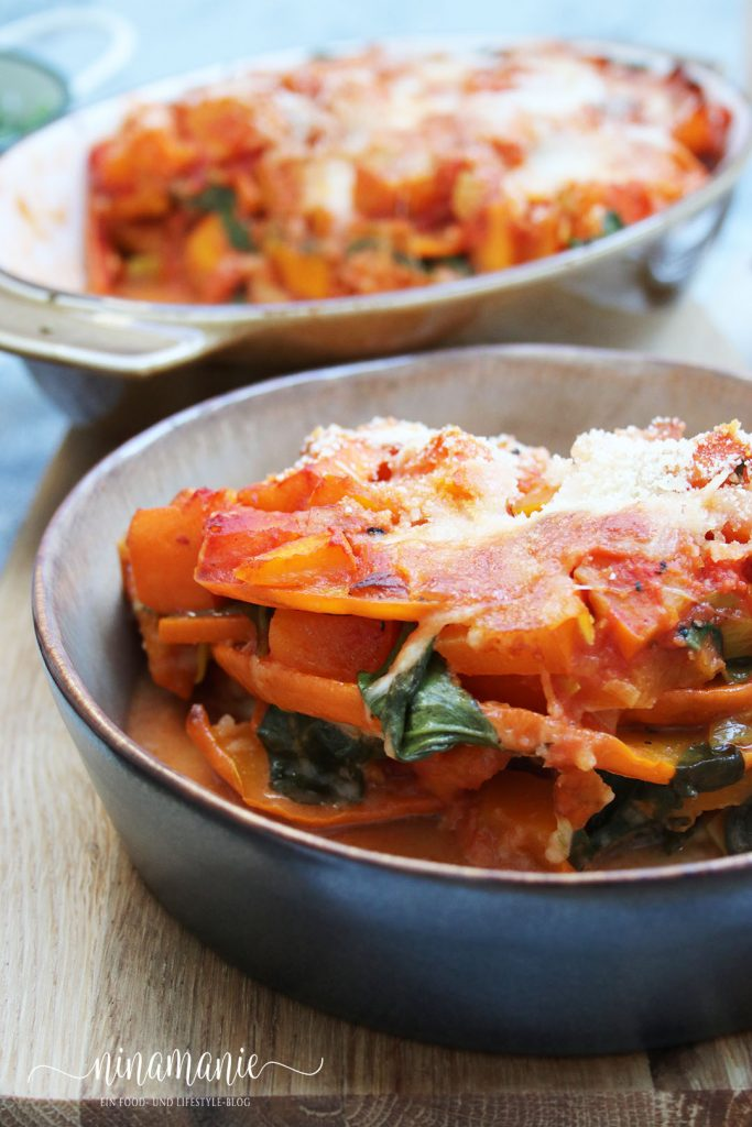 parmigiana mit Kürbis und Spinat