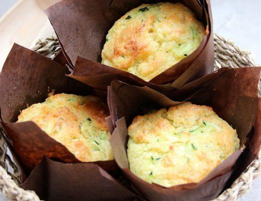 Ein Korb voll Muffins